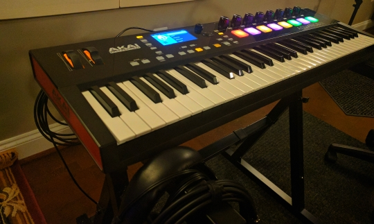AKAI Advanced61 MIDI Controller