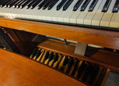 Foot pedals! (Hammond C3 '56)