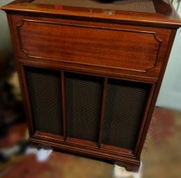 The Tone Cabinet (Hammond C3 '56)